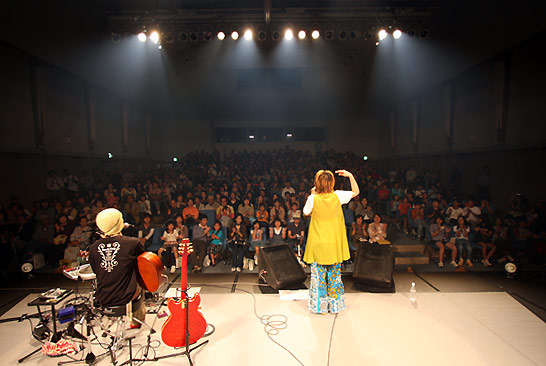 oneman2008.jpg
